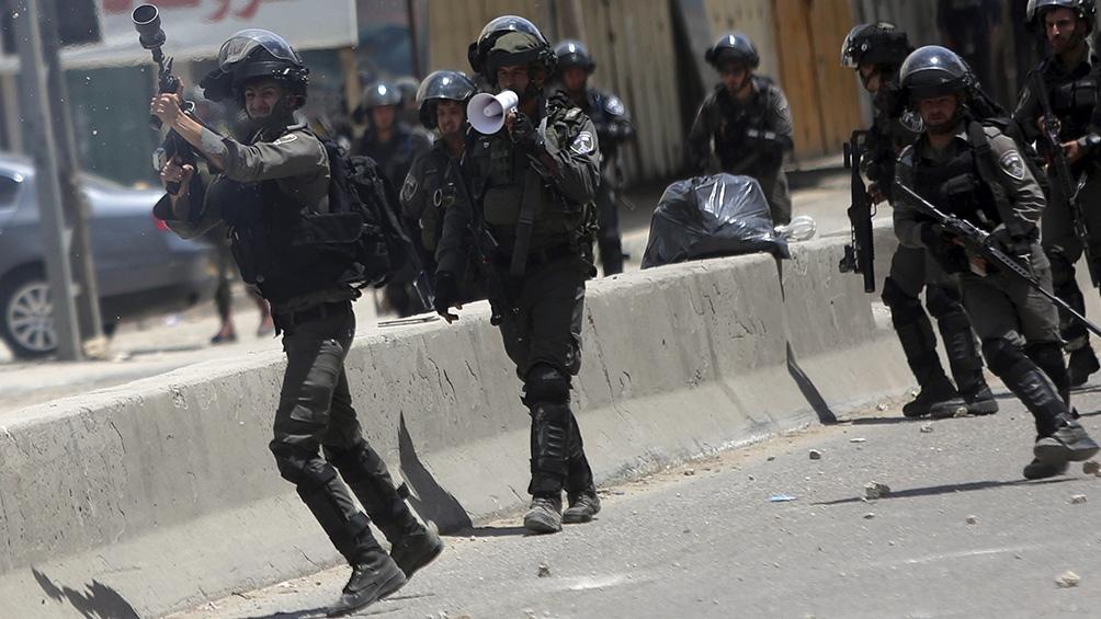 Las fuerzas israelíes realizan frecuentes redadas de arrestos en Cisjordania ocupada.